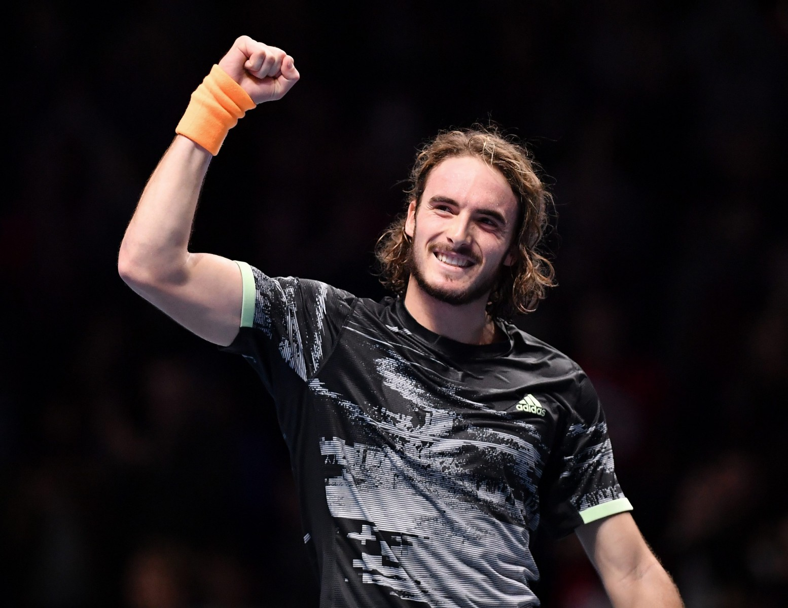 Stefanos Tsitsipas was too good for Roger Federer this afternoon and qualified for the ATP Finals final on his debut appearance