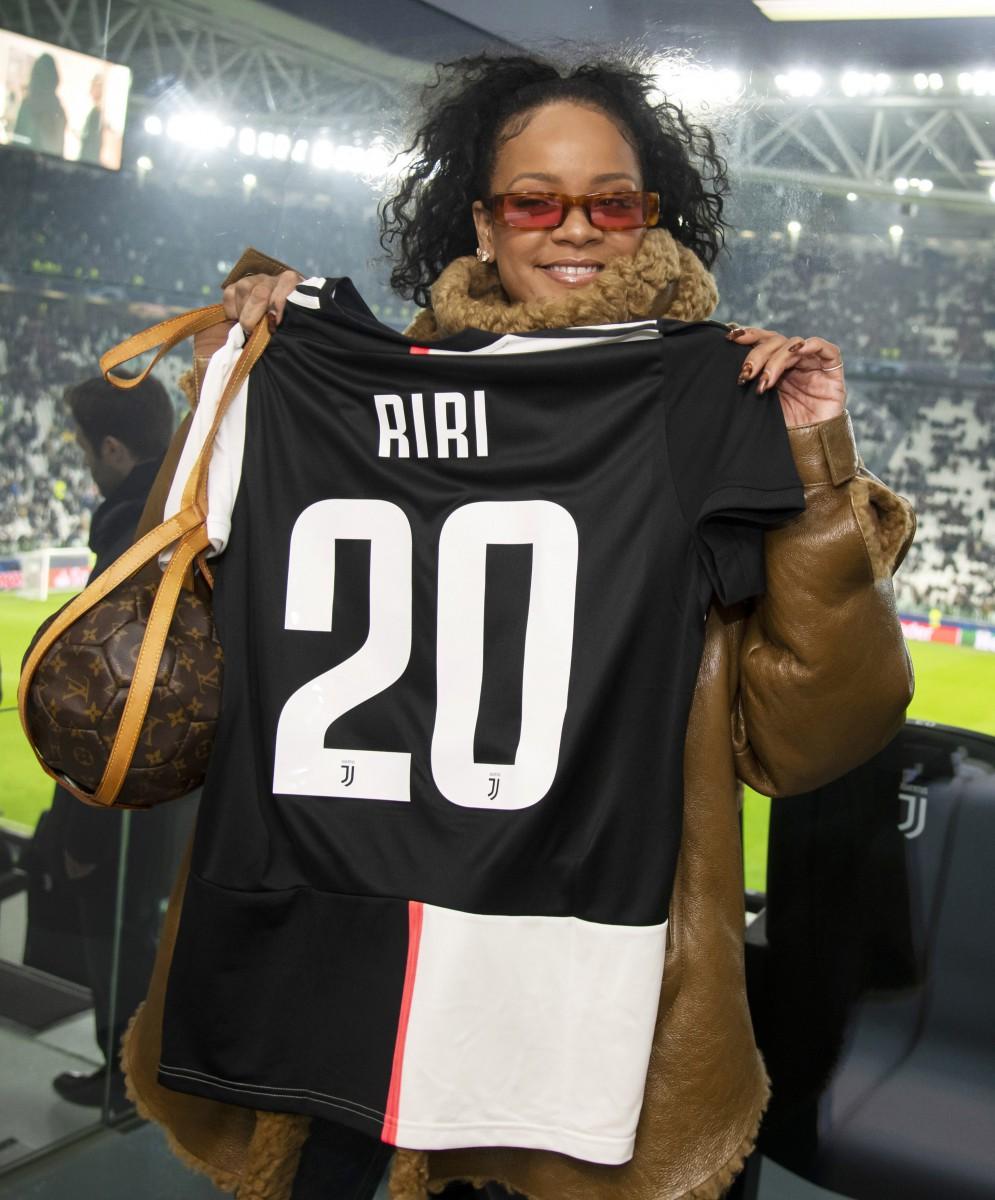 RiRi even has a special Louis Vuitton football themed handbag