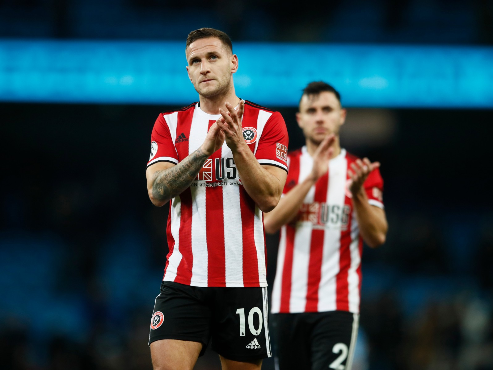 Billy Sharp claps the Sheffield United fans at the Eithad Stadium