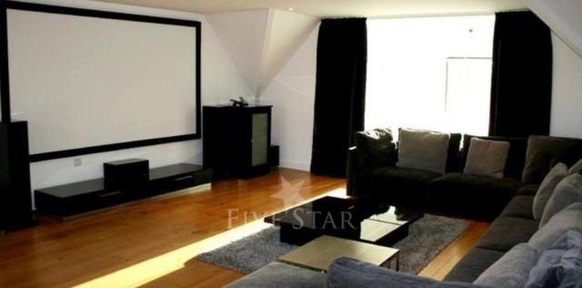 McIlroy had his own home cinema in the £3.2m property