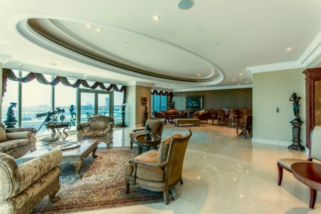 In Winter Federer spends his time at his luxury Middle East abode