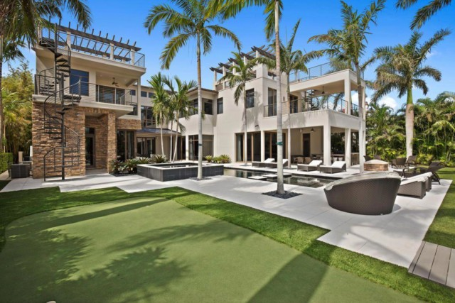 McIlroy's latest buy is an £8.5million mansion in Florida once owned by Ernie Els
