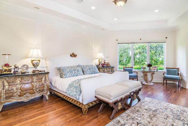 The lavish property had six beautifully styled bedrooms