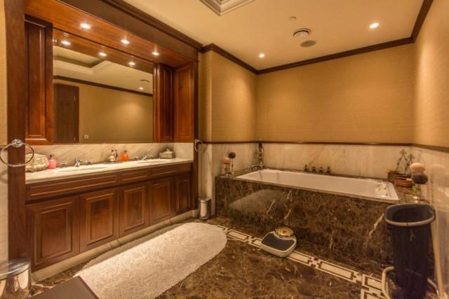 Each bedroom features its own en-suite